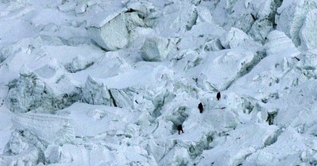 Fearing the Icefall: On Everest, dangers are clear