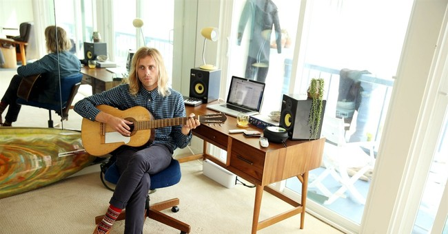 How 'Sail' sold: Story of Awolnation's Aaron Bruno