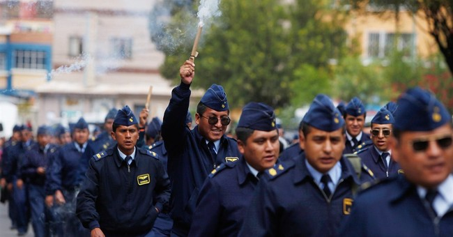 Bolivia threatens to fire protesting soldiers