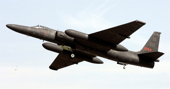 Spy plane outlasts Cold War, but not defense cuts