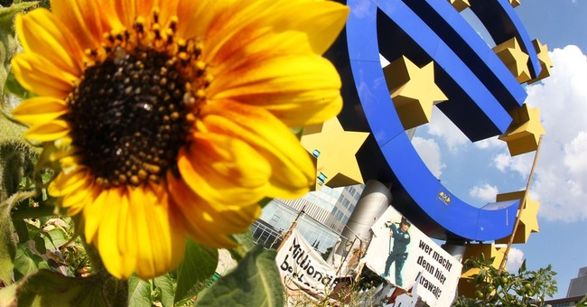 Europe recovery shows signs of strengthening