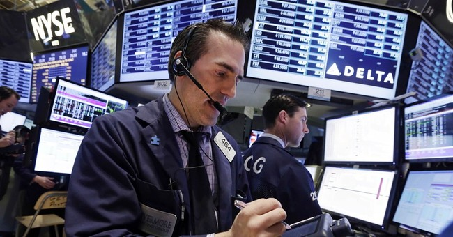 Stocks mostly higher on earnings gains; Apple up