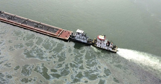 Court filing says ship in Texas spill was speeding