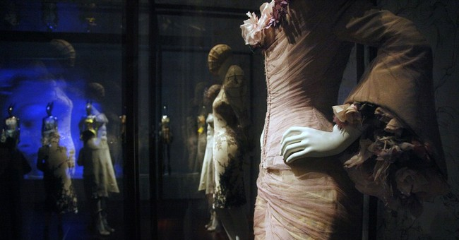 Alexander McQueen exhibition heads to London's V&A