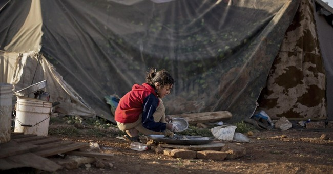 AP PHOTOS: Security woes plague Syrian refugees