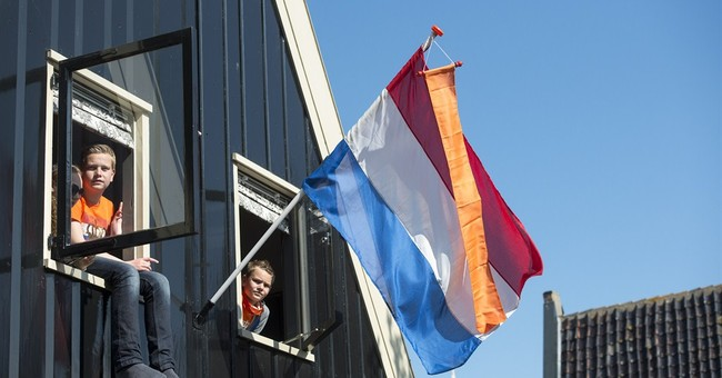 Dutch party down at 'King's Day' for new monarch