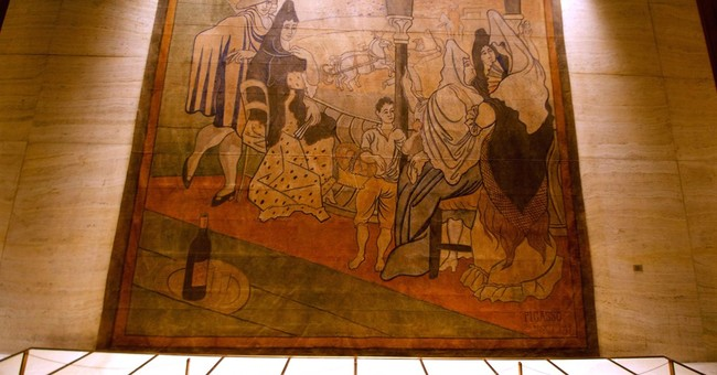 NYC eatery sued over plan to move Picasso painting