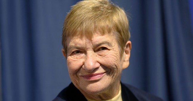 German-Jewish writer Stefanie Zweig dies at 81