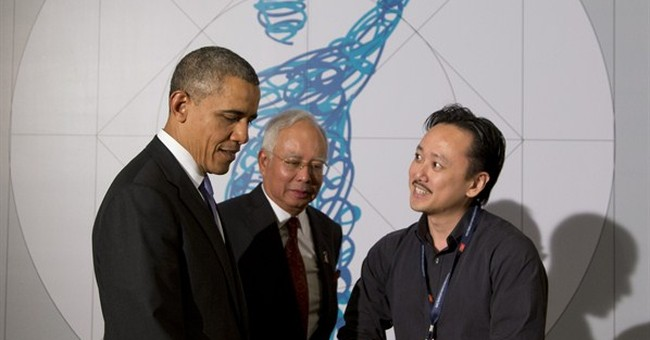 WHITE HOUSE NOTEBOOK: Obama gets personal in Asia
