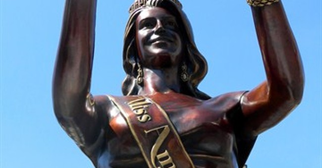 Atlantic City gets photo-ready Miss America statue