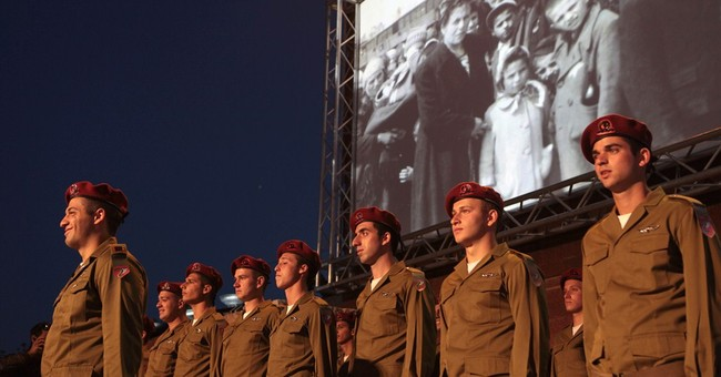 Israel pauses in silence for Holocaust Day