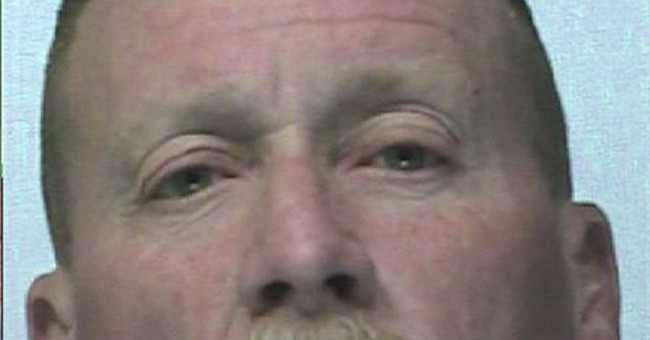 Washington man accused in bomb, robberies plot