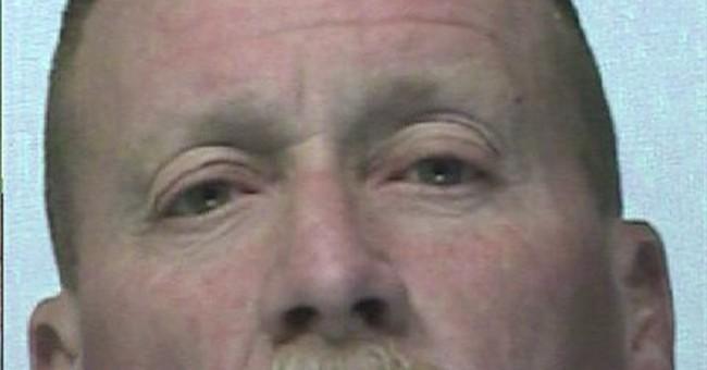 Washington man accused in bomb, robberies plot