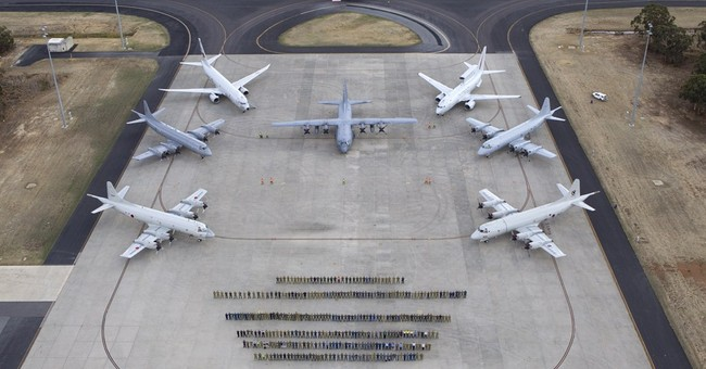 Australia dismisses possible plane wreckage claim
