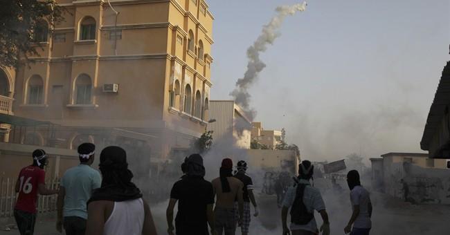 Bahrain court sentences 5 in alleged F1 bomb plot