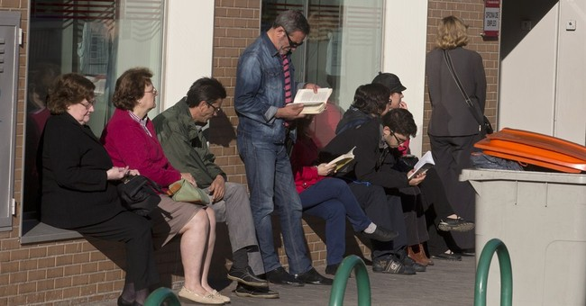 Spain economic recovery 'gathering pace'