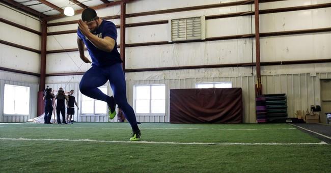 Gallaudet star Talaat hopes to fulfill NFL dream