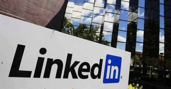 LinkedIn posts 1Q loss as execs focus on long term