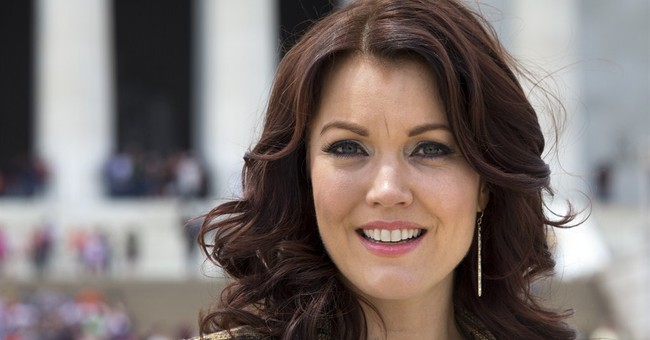 TV's Bellamy Young tours National Mall sites in DC
