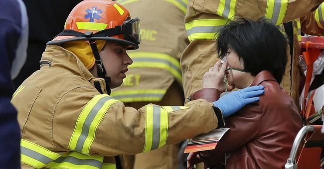 New York City subway train derails; 4 hospitalized