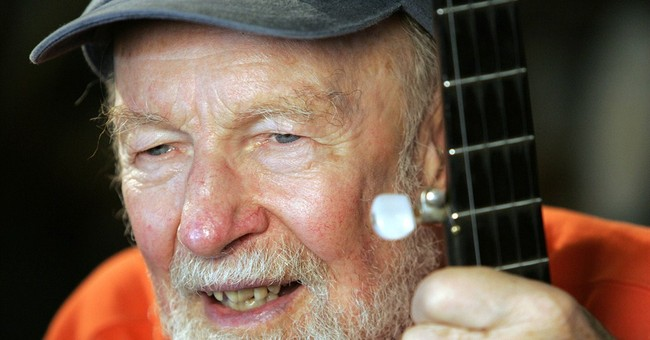 Admirers wrestle with how to honor Pete Seeger
