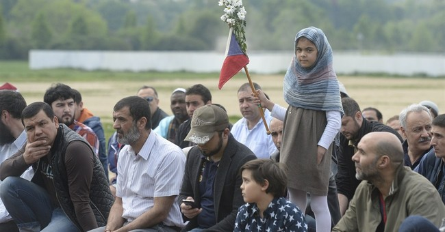 Czech churches critical of raids against Muslims
