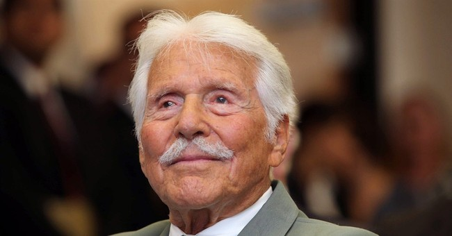 Efrem Zimbalist Jr., star of 'The FBI,' dead at 95