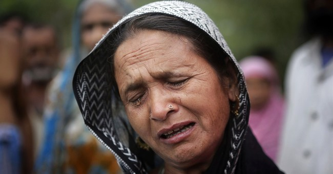 India arrests 22 after attackers kill 29 Muslims