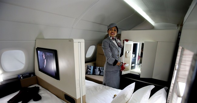 Mideast airline Etihad offers bed and bath suites