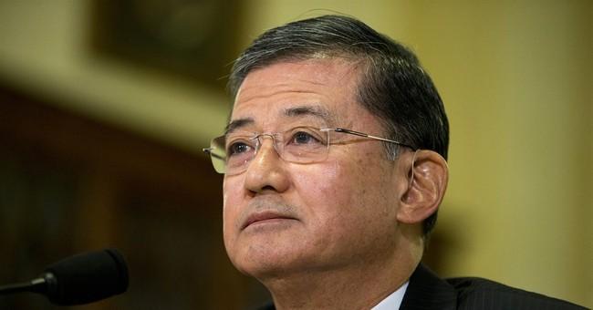 Senate Republicans call for VA secretary to resign