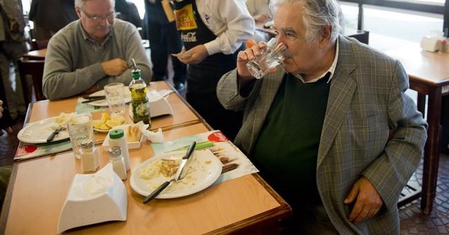 Uruguay rule-signing launches marijuana market