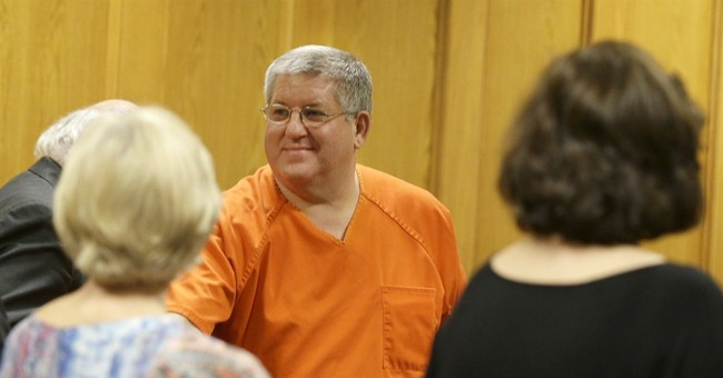 Former mortician set free in Texas slaying case