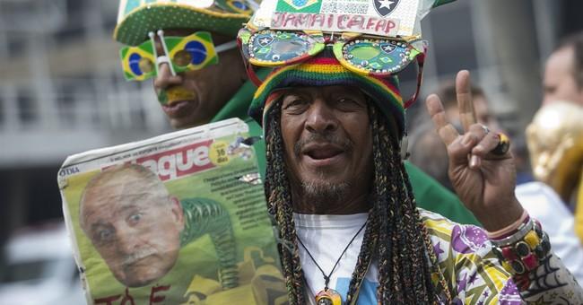 Federal police in Brazil threaten World Cup strike