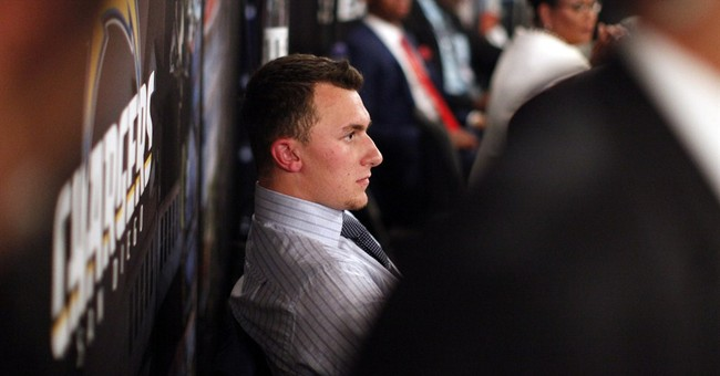 Social media atwitter over Johnny Football's fate