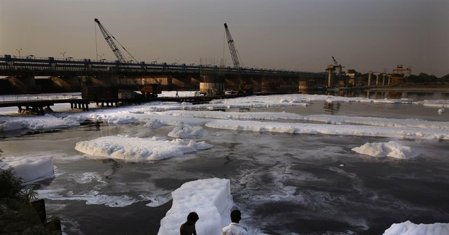 Indian political parties gloss over environment
