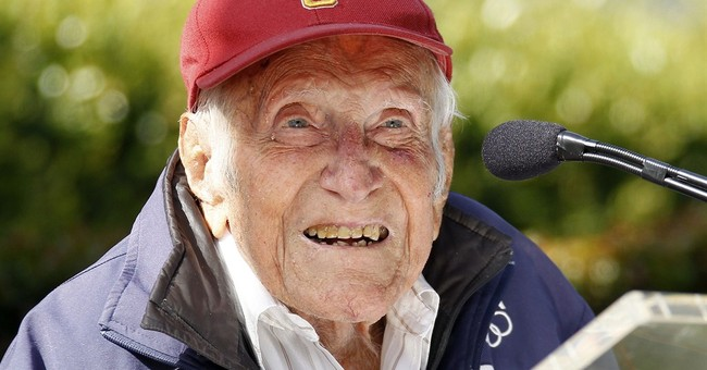 War hero, Olympian Zamperini to lead Rose Parade