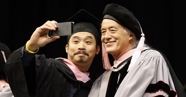 Led Zeppelin's Page honored at Berklee graduation