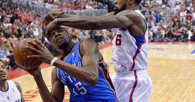 Clippers stun Thunder 101-99 to tie series