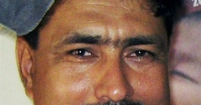 Lawyer quits case of Pakistan doctor who aided CIA