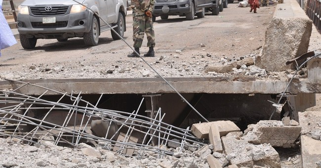 Nigerians attacked by militants leaving country