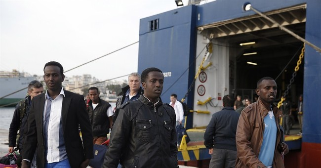 40 migrants rescued in Greece