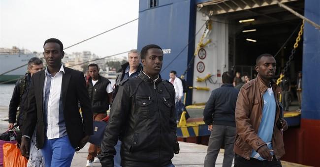 40 migrants rescued in Greece