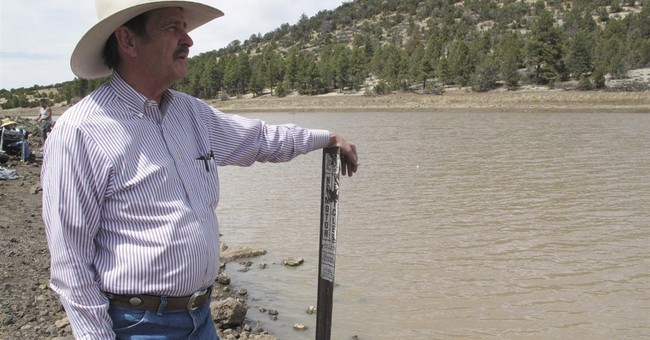 Arizona town near Grand Canyon runs low on water