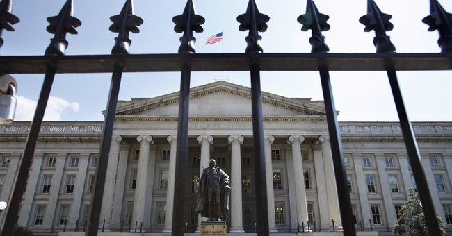 US on track for narrowest budget gap since 2008