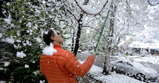 Wet spring snows hit Rockies, Nebraska