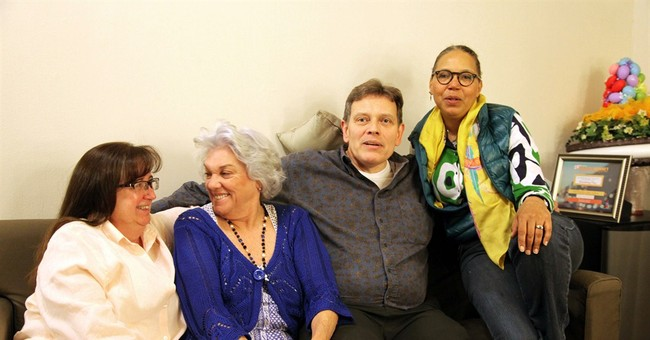 Tyne Daly's Broadway team reunites after 25 years