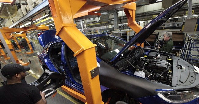 Chrysler reports $690 million first quarter loss