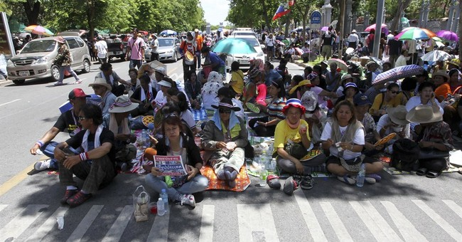Thai protest leader renews gov't ouster call