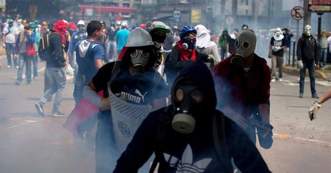 Venezuela opposition threatens to end crisis talks