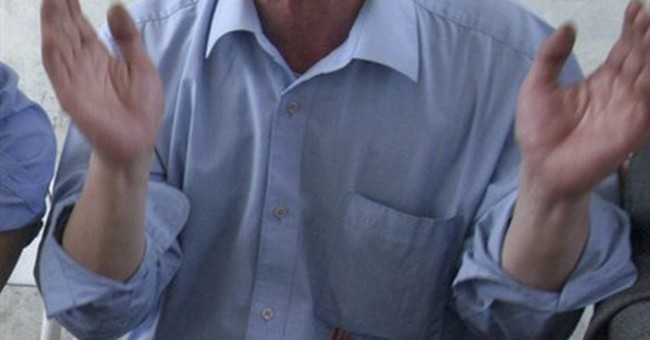 China detains man who wrote for foreign website